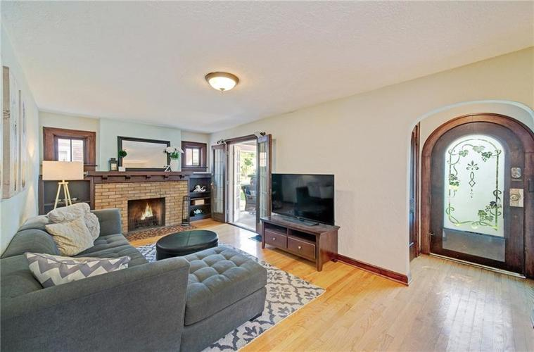 6124 Haverford Avenue Indianapolis, IN 46220 | MLS 21637923 | photo 5