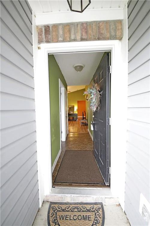 5549 Wild Horse Drive Indianapolis, IN 46239 | MLS 21638049 | photo 4