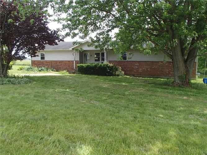 6267 W State Road 46 Greensburg, IN 47240 | MLS 21638072 | photo 1