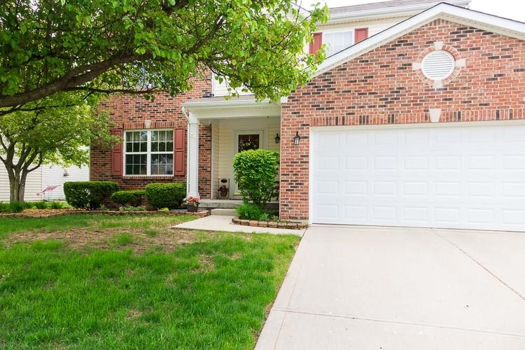 8135  Heathery Place Indianapolis, IN 46214 | MLS 21638077