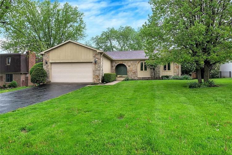8132  Teel Way Indianapolis, IN 46256 | MLS 21638106