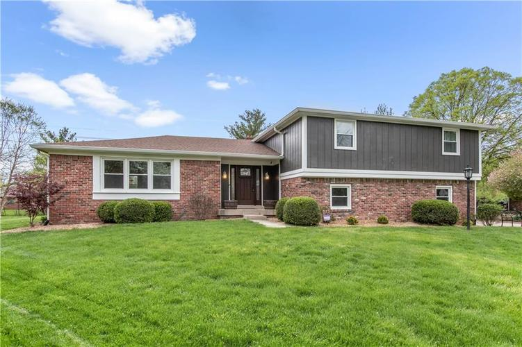 9042  Ironwood Court Indianapolis, IN 46260 | MLS 21638156