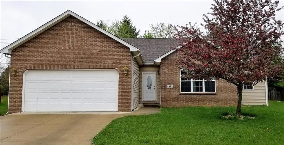 2363 Sumpter Court Columbus, IN 47203 | MLS 21638349 | photo 1