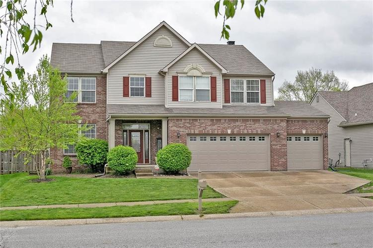 7117  SYCAMORE RUN Drive Indianapolis, IN 46237 | MLS 21638441