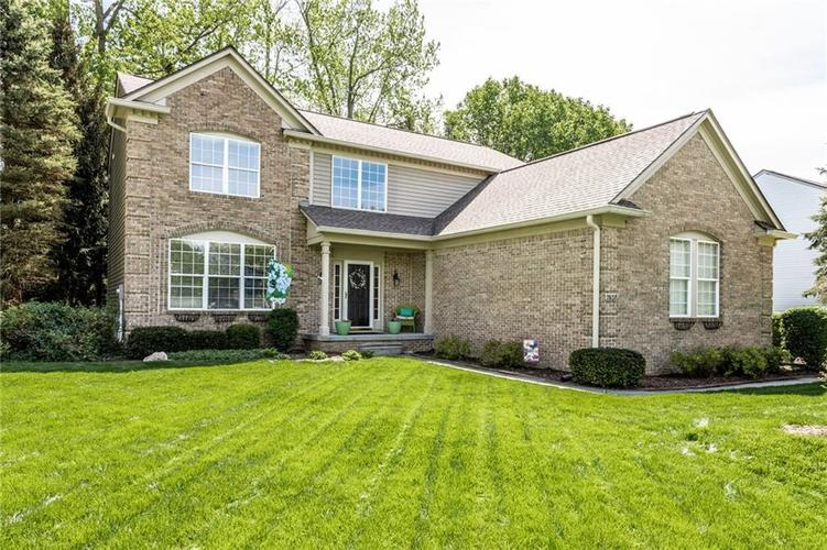 7837 Prairie View Drive Indianapolis, IN 46256   MLS 21638462   photo 1