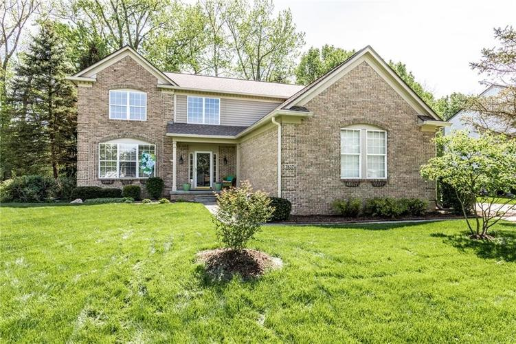 7837 Prairie View Drive Indianapolis, IN 46256   MLS 21638462   photo 2
