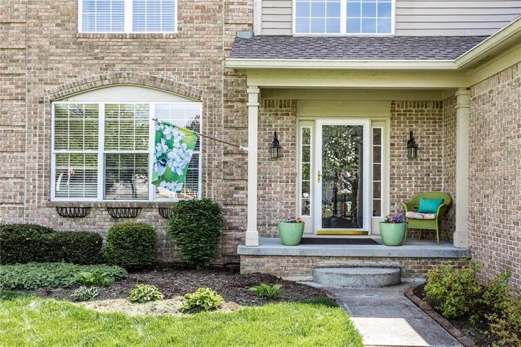 7837 Prairie View Drive Indianapolis, IN 46256   MLS 21638462   photo 3