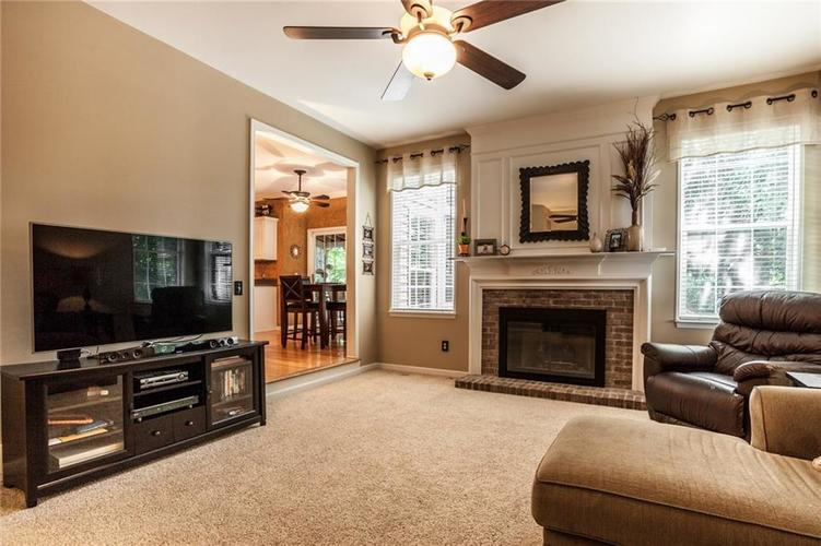 7837 Prairie View Drive Indianapolis, IN 46256   MLS 21638462   photo 4