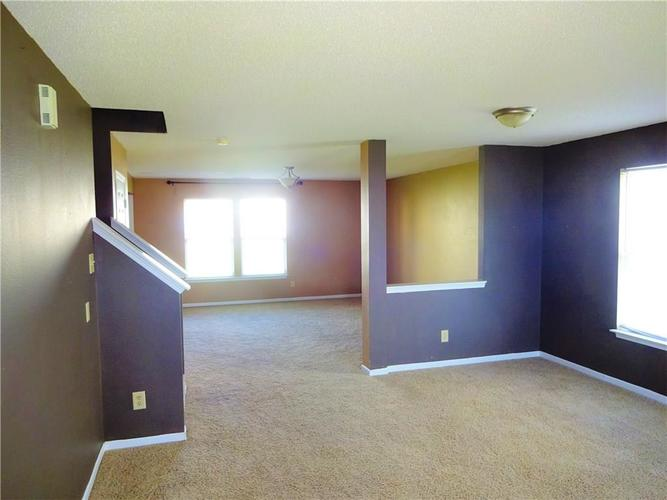 9154 MIDDLEBURY Way Camby, IN 46113 | MLS 21638466 | photo 4