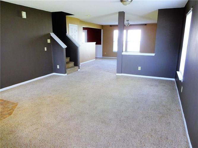 9154 MIDDLEBURY Way Camby, IN 46113 | MLS 21638466 | photo 5
