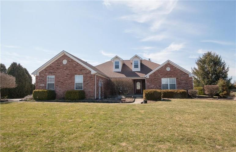3646 Meadowlark Lane Brownsburg, IN 46112 | MLS 21638518 | photo 1