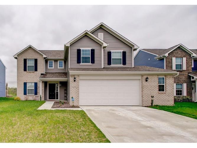8712 Stoddard Lane Indianapolis, IN 46217 | MLS 21638531 | photo 1