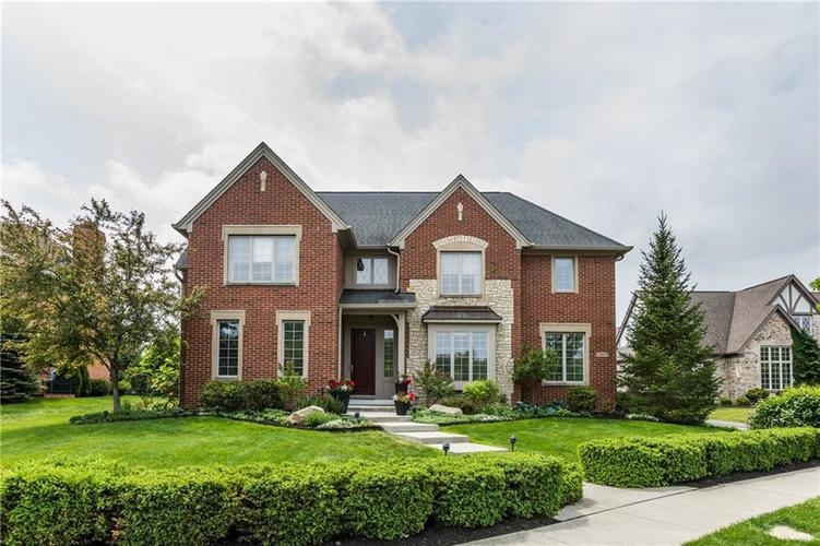 7669 Carriage House Way Zionsville, IN 46077 | MLS 21638561 | photo 1