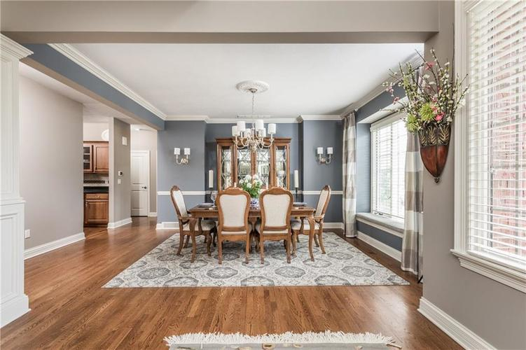 7669 Carriage House Way Zionsville, IN 46077 | MLS 21638561 | photo 17