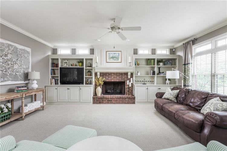 7669 Carriage House Way Zionsville, IN 46077 | MLS 21638561 | photo 20