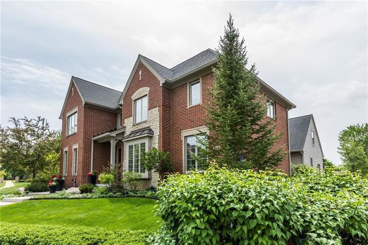 7669 Carriage House Way Zionsville, IN 46077 | MLS 21638561 | photo 6