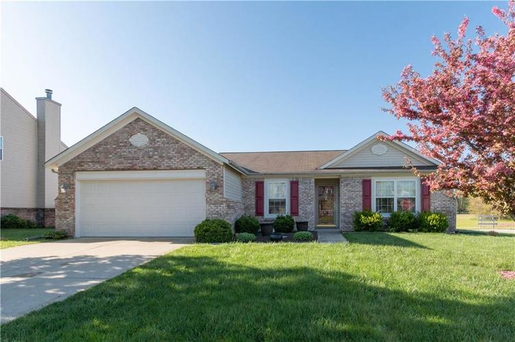 795  Penny Court Pittsboro, IN 46167 | MLS 21638570