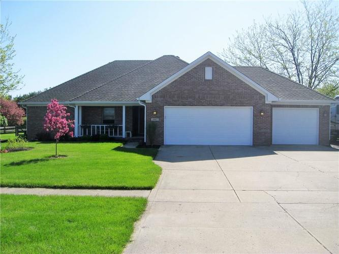 3867 N County Road 900 E Road Brownsburg, IN 46112 | MLS 21638590 | photo 1