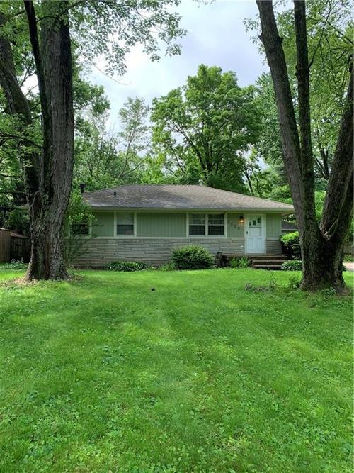 2555  PARR Drive Indianapolis, IN 46220 | MLS 21638606