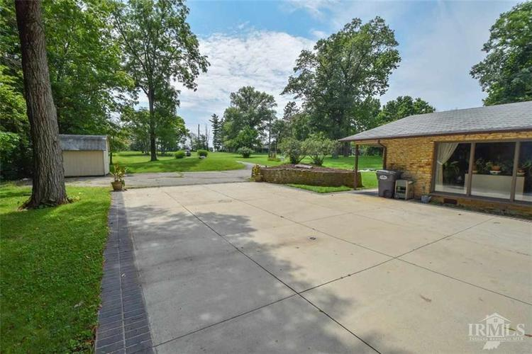 10908 E Hills And Dales Drive Selma, IN 47383 | MLS 21638646 | photo 7