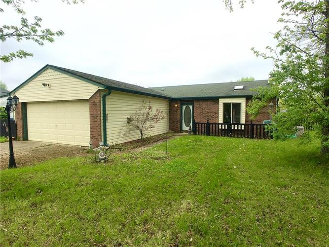 736 W Stop 11 Road Indianapolis, IN 46217 | MLS 21638677