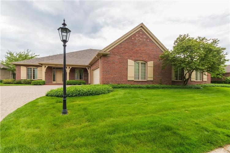 7942  Beaumont Green East Drive Indianapolis, IN 46250 | MLS 21638743