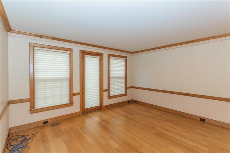 7942 Beaumont Green East Drive Indianapolis, IN 46250 | MLS 21638743 | photo 10