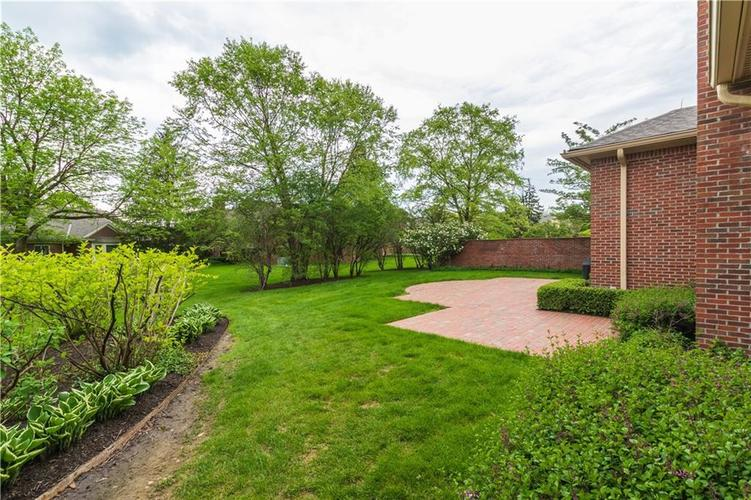 7942 Beaumont Green East Drive Indianapolis, IN 46250 | MLS 21638743 | photo 19