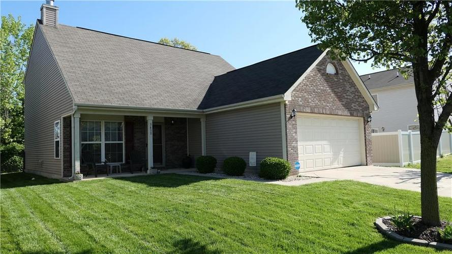 3438 Vanadell Lane Indianapolis, IN 46217 | MLS 21638775 | photo 1