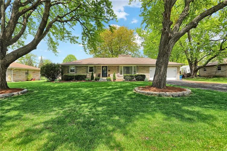6886 Meadow View Drive Indianapolis, IN 46226 | MLS 21638844 | photo 1