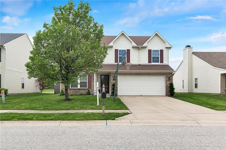 2730 Foxbriar Place Indianapolis, IN 46203 | MLS 21638903 | photo 1