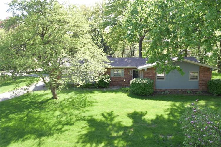 9510 Nora Lane Indianapolis, IN 46240 | MLS 21638983 | photo 1