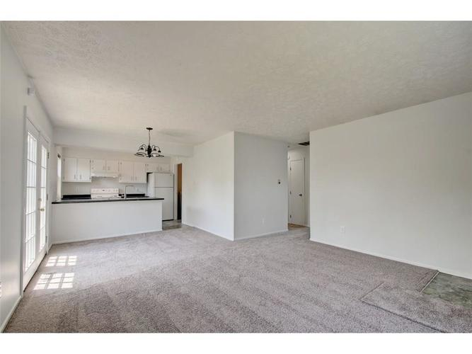 1701 W 79th Street Indianapolis, IN 46260 | MLS 21639076 | photo 5