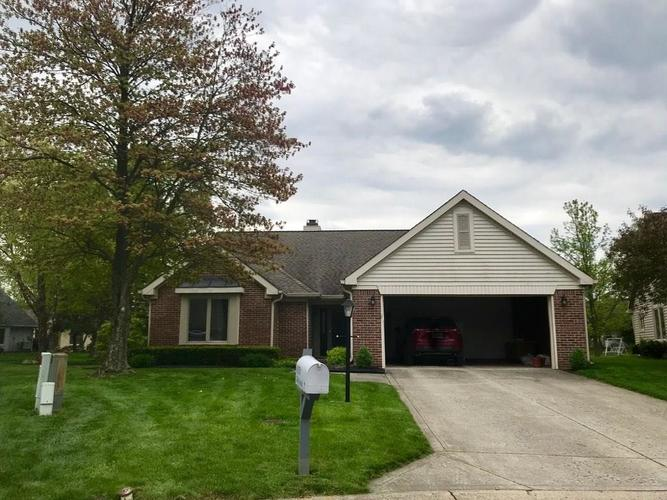 8151  Silk Circle Indianapolis, IN 46256 | MLS 21639078