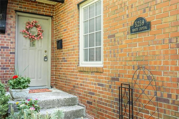 5259 N CAPITOL Avenue Indianapolis, IN 46208 | MLS 21639088 | photo 3