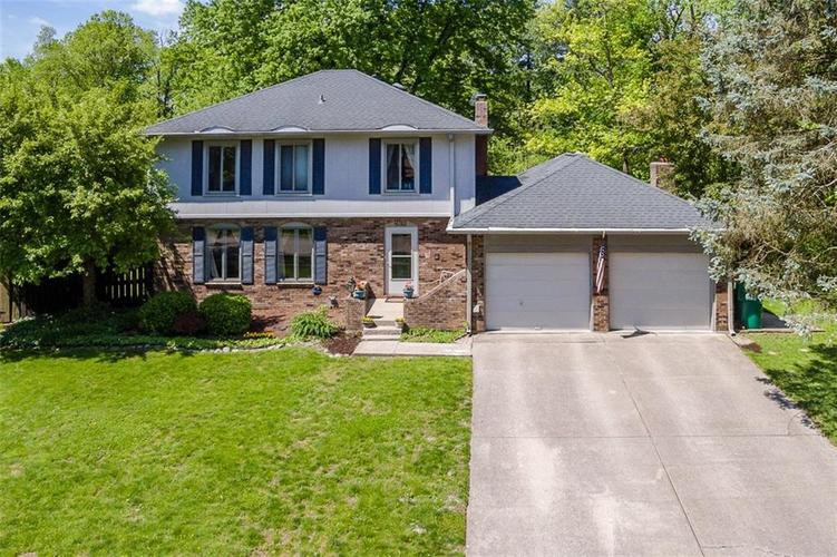 8312 CHARTER OAK Drive Indianapolis, IN 46260 | MLS 21639157 | photo 1