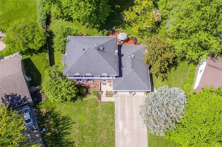 8312 CHARTER OAK Drive Indianapolis, IN 46260 | MLS 21639157 | photo 2