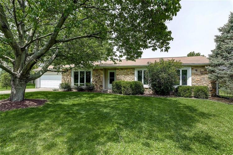 634  Golf Lane Indianapolis, IN 46260 | MLS 21639184
