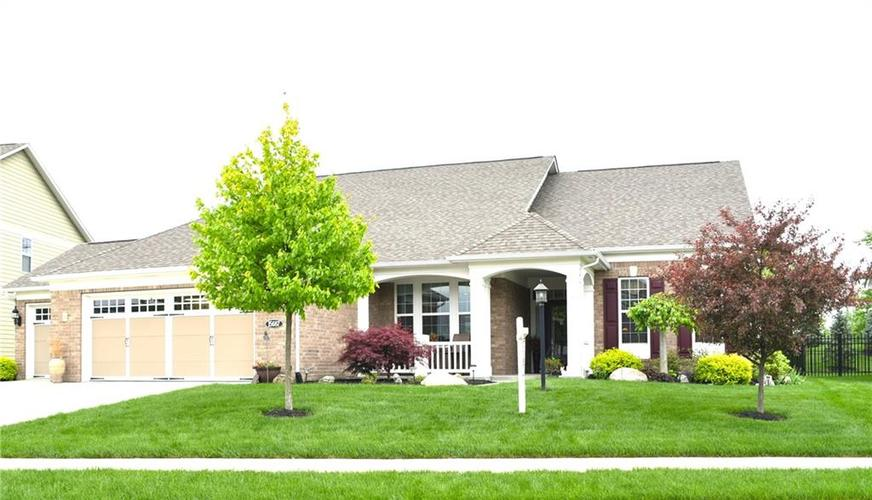 15687 Viking Commander Way Westfield, IN 46074 | MLS 21639301 | photo 1