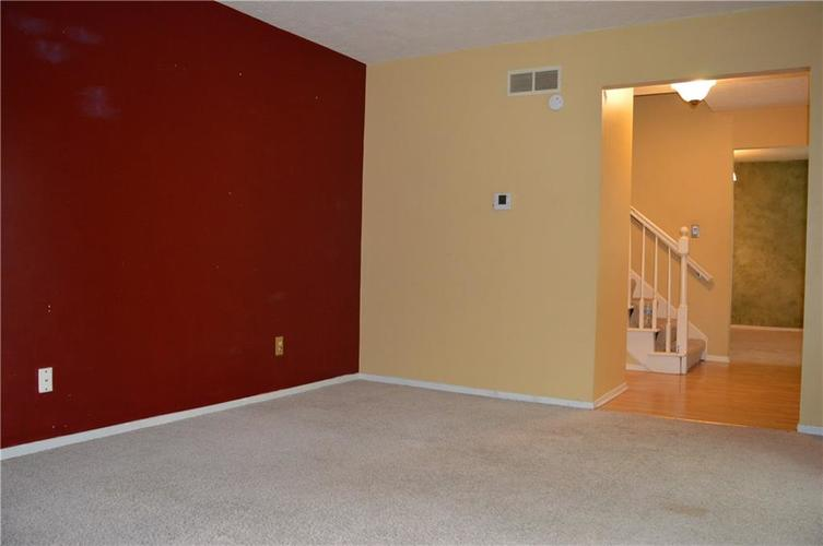 7818 Cameron Place Fishers, IN 46038 | MLS 21639390 | photo 4