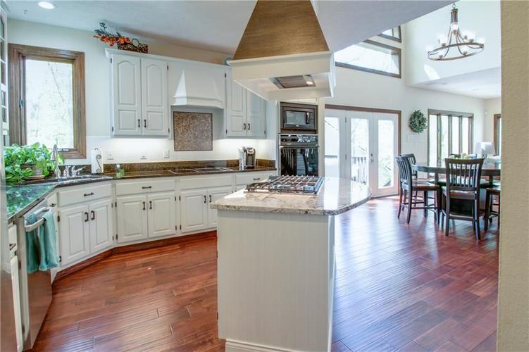 7343 OAKLAND HILLS Court Lawrence , IN 46236   MLS 21639430   photo 7