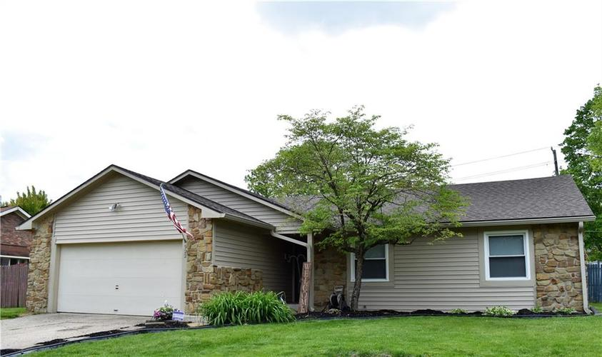 922 S Summitcrest Drive Indianapolis, IN 46241 | MLS 21639473