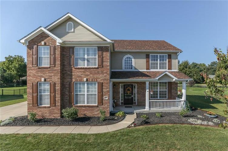 250  Blue Lace Drive Whiteland, IN 46184 | MLS 21639517