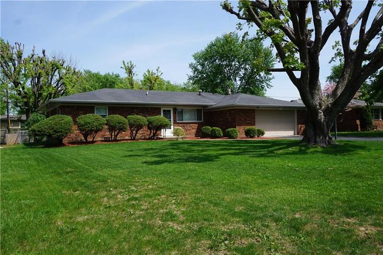 609 Hopkins Road Indianapolis, IN 46229   MLS 21639552   photo 1
