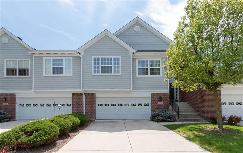 9573 Fireside Lane Fishers, IN 46038 | MLS 21639553 | photo 1