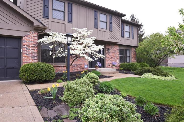 642 Woodbine Drive Carmel, IN 46033 | MLS 21639554 | photo 2