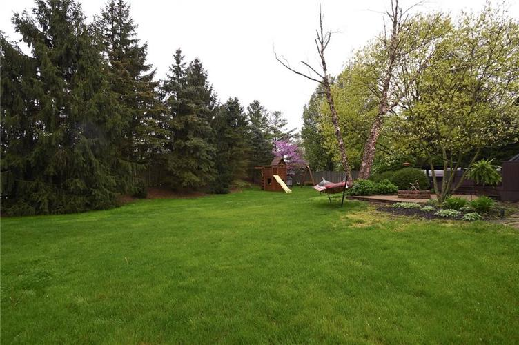 642 Woodbine Drive Carmel, IN 46033 | MLS 21639554 | photo 5