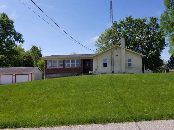 4053 E County Road 700  Crothersville, IN 47229 | MLS 21639588