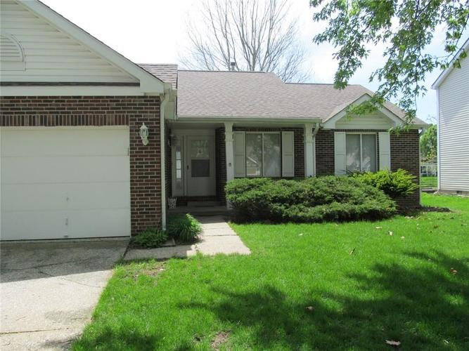 7839 Cardinal Cove N Indianapolis, IN 46256 | MLS 21639602 | photo 2