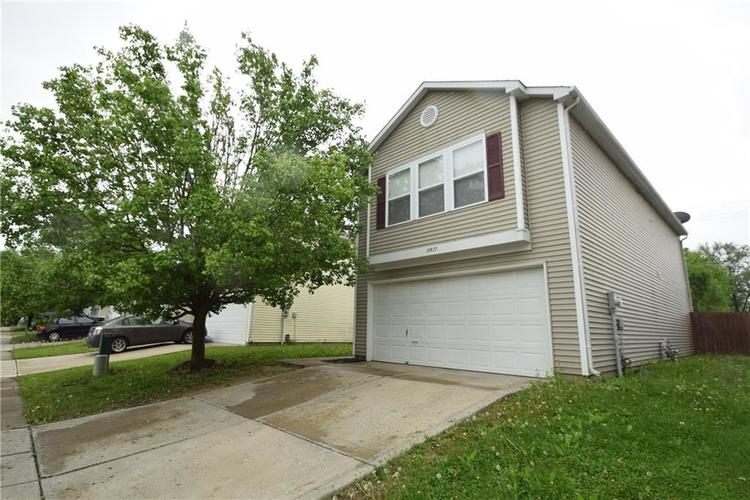 10877 Glenayr Drive Camby, IN 46113 | MLS 21639628 | photo 1